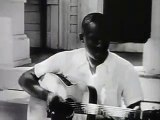 Big Bill Broonzy plays Hey Hey