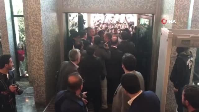İstanbul Büyükşehir Belediye Başkanı Seçilen Ekrem İmamoğlu, Çağlayan'daki İstanbul Adalet...