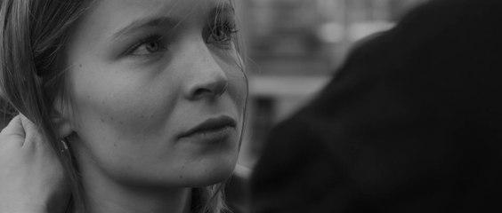 Un'educazione parigina — trailer ufficiale sottotitolato