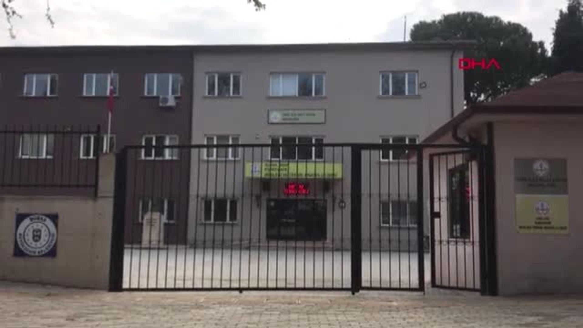 Bursa Liseli Oğuz'a Okul Önünde Köpekler Saldırdı