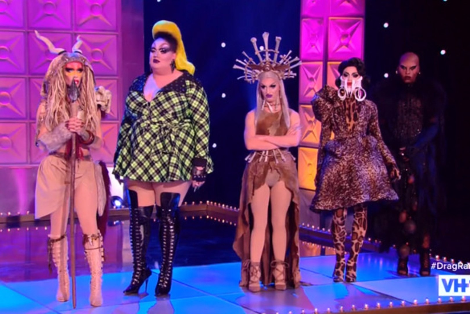 Watch Rupaul Christmas Special 2020 Online Free Dailymotion RuPaul's Drag Race: Vegas Revue : Season 1 Episode 4 ~ VH1   video