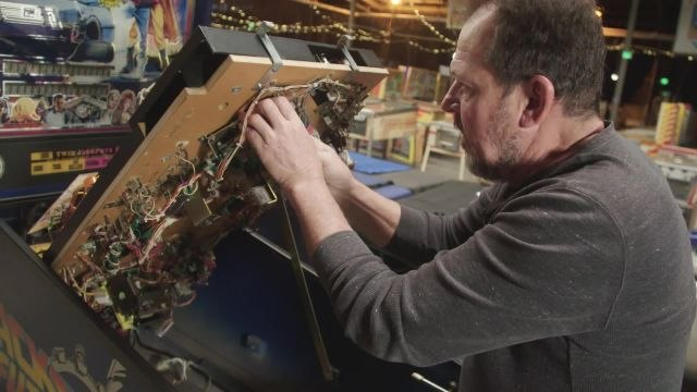 How This Pinball Collector is Saving the Game