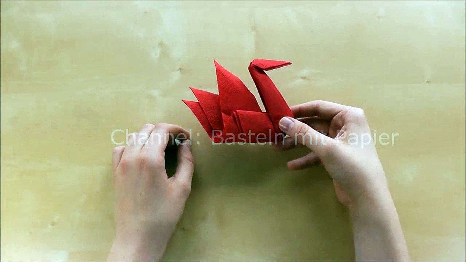 Servietten Falten Einfach Origami Schwan Falten Mit Papier Servietten Schnell Tischdeko Basteln
