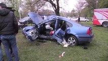 Takla Atan Otomobildeki 3 Kişi Yaralandı - Düzce