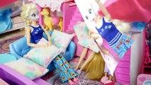 Barbie Elsa Raiponce Routine du Matin à Barbie Maison Japonaise بيت باربي Barbie boneca Maison