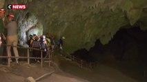 Thaïlande : retrouvailles entre les sauveteurs et les enfants coincés dans une grotte