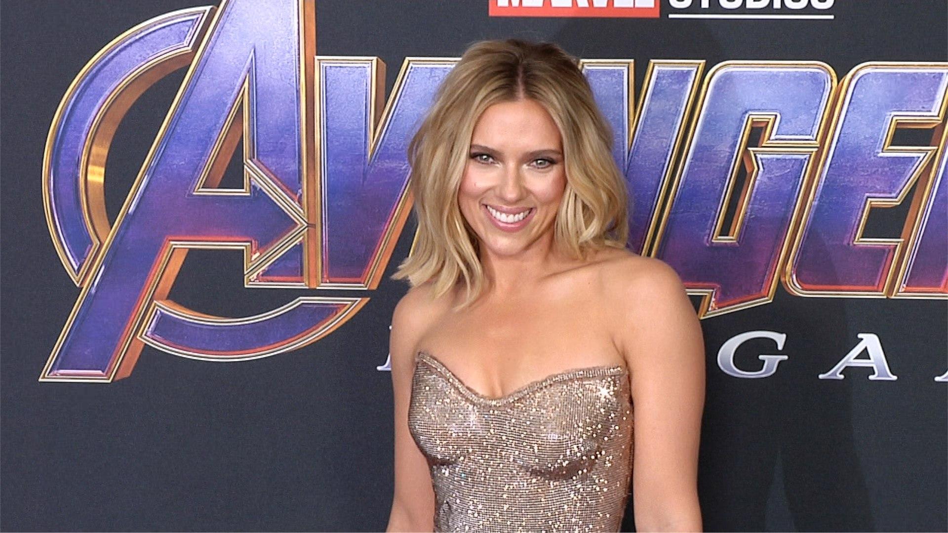 Scarlett Johansson Avengers Endgame World Premiere Purple Carpet Video Dailymotion