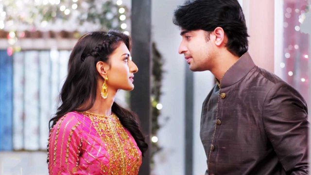 Erica Fernandes ends her relation with Shaheer Sheikh on Social Media   FilmiBeat
