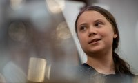 'This is an emergency': Greta Thunberg speaks at Guardian Live – video