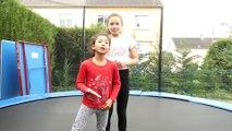 CAP OU PAS CAP : gym dans le trampoline (avec ma sœur)