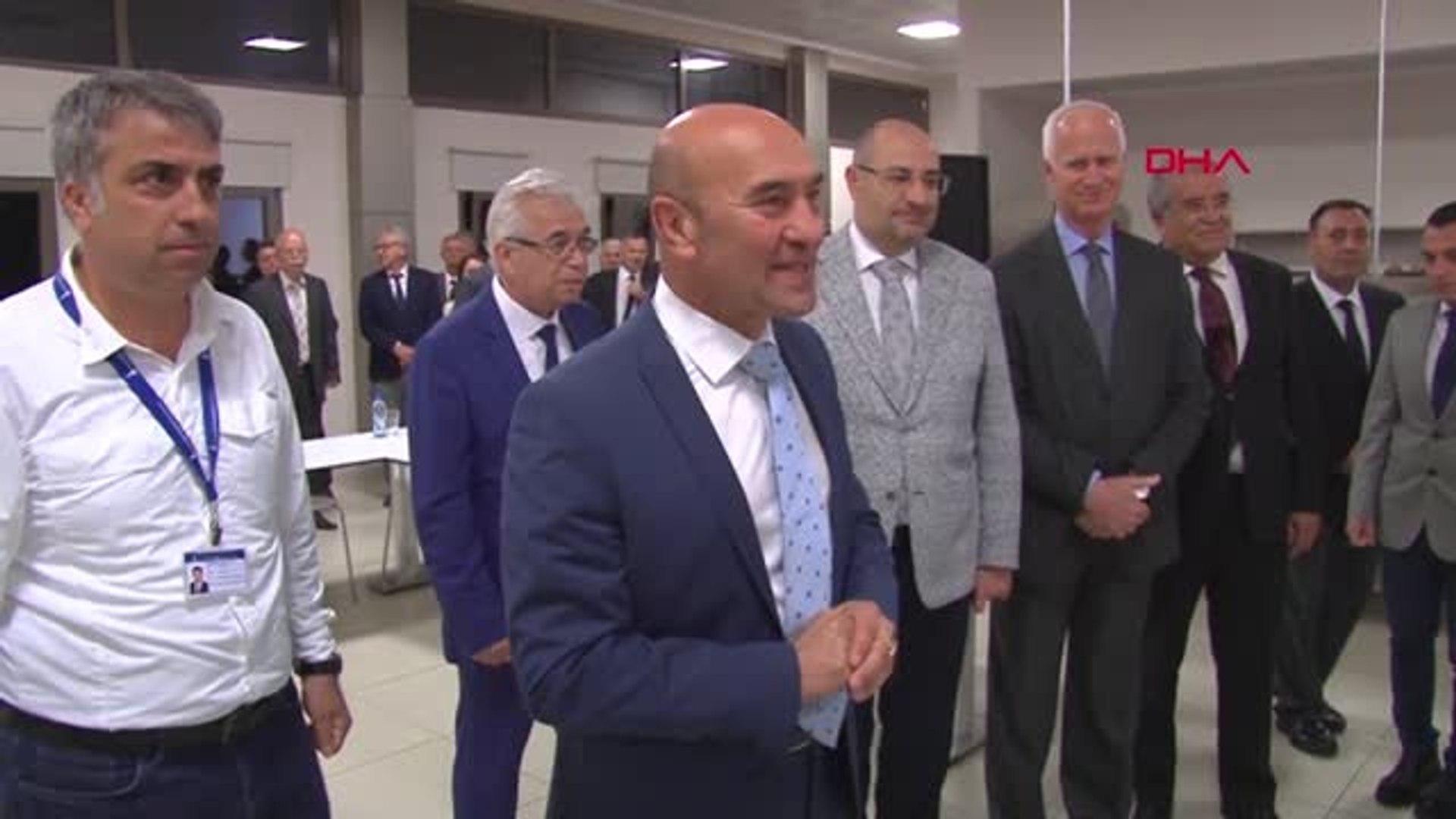 İzmir'de Ulaşımda Yüzde 50 İndirim Uygulaması Başladı