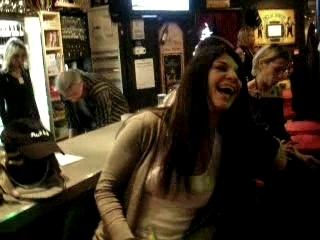 Nouvel An 2008 – Lucie chante du Guns N' Roses !!!