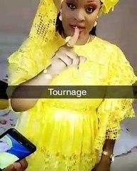 Titi rayonnante et très chic, Sagnsé Sénégalaises lui va à merveille