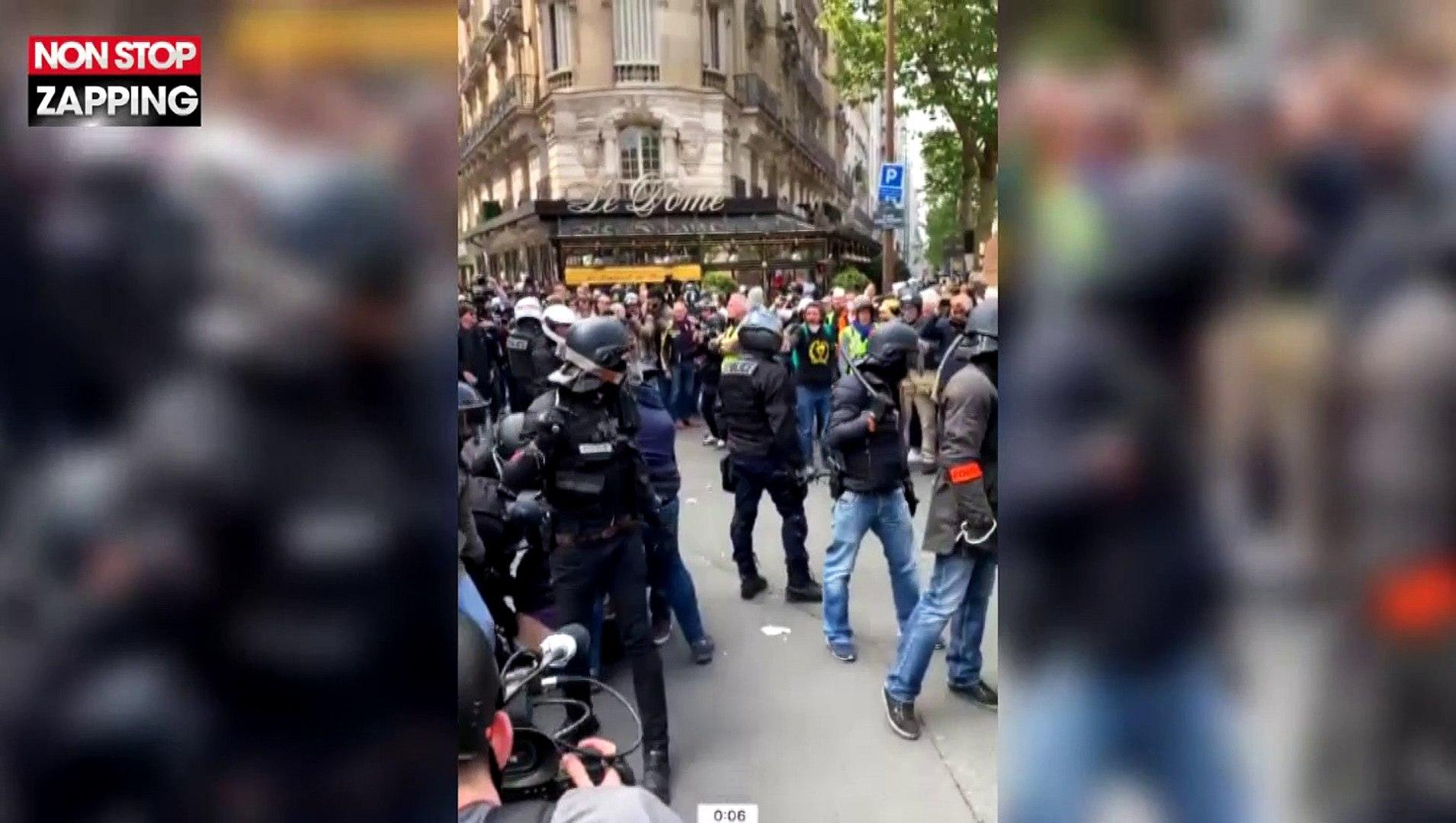 ManifestantLa Sa Vidéo Nouvelle Matraque Polémique Pantalon D'un Crs 1er Dans Le MaiUn Met zSVqpUM