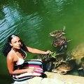 Quand une nymphe nourrit les tortues, voici ce que ça donne. Magnifique !