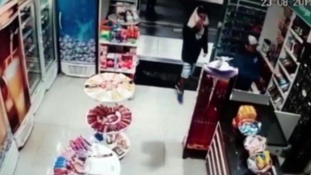 Câmera mostra a ação de ladrões em posto de combustíveis no Cascavel Velho