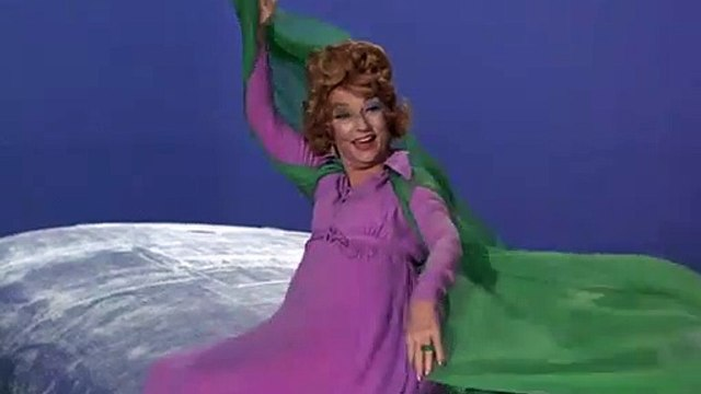 BW 7.3.1 - Endora on Wing of Airplane