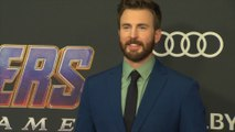 Chris Evans stops by his 20-year High School Reunion