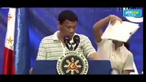 Cockroach interrupts Duterte's speech in Bohol