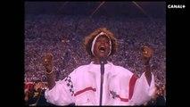 Whitney - Sa performance au Superbowl (extrait)
