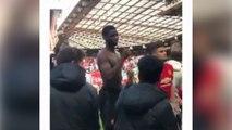 L'altercation entre Paul Pogba et supporter de Manchester United