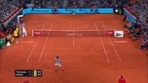 Madrid - Tsitsipas s'offre Nadal et file en finale