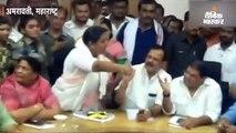 कांग्रेस की महिला विधायक यशोमती ठाकुर ने सरकारी अधिकारियों को दी गाली, वीडियो हो रहा वायरल