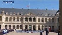 Hommage rendu aux soldats morts au Burkina Faso: Emmanuel Macron arrive dans la cour des Invalides