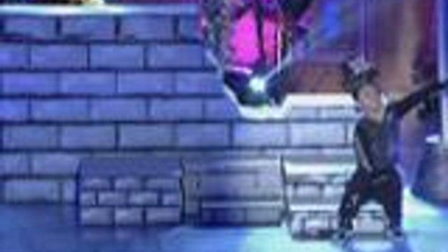 Mini John Prats hinataw ang mga maangas na dance moves sa Mini Me Grand Finals Week
