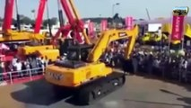 Amazing Crazy Excavator Operators WIN 2019 - Amazing Operators Skills(1)