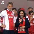 UNBELIEVABLE! Ajax 19-year old defender Matthijs de Ligt saves the mayor of Amsterdam Femke Halsema on stage!