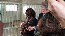 Ayuso visita la Fundación ONCE del Perro Guía