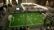 «Robocup» : le tournoi de foot des robots