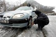 Neige : les équipements spéciaux pour les véhicules routiers obligatoires dès cet hiver