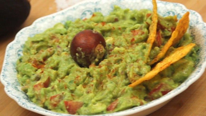 How To Make Green Guacamole