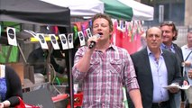 Jamie Oliver closes down restaurant chain