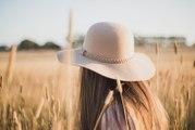 Comment bien porter le chapeau en toute saison