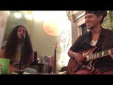 """Mimo & Manny - """"Water"""" acoustic jam session"""