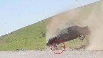 Viral Classics : un automobiliste éjecté de sa voiture lors d'un accident spectaculaire
