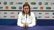 """Corinne Diacre: """"Les joueuses sont sereines"""""""