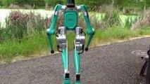 Automobile : Digit, le robot-livreur du futur selon Ford  et son véhicule autonome de demain
