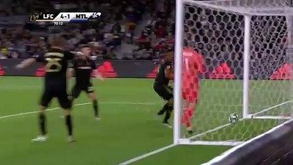 Saphir Taider buteur sur penalty face au LAFC