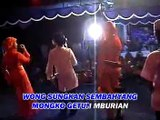 Munawaroh - Risna - Yoke - 27 Derajat [Official Music Video]