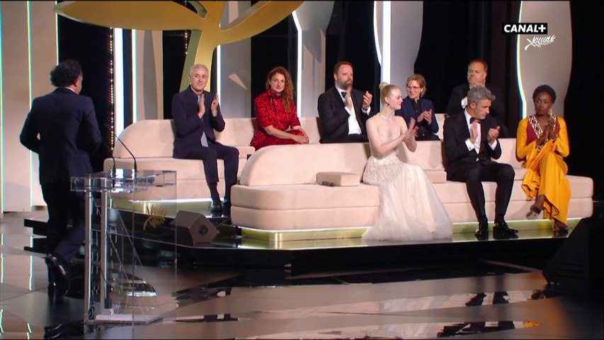 L'entrée du jury sur la scène du palais - Cannes 2019
