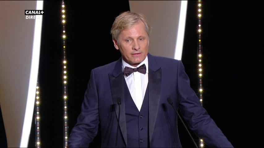 Viggo Mortensen remet le Prix de la Mise en scène - Cannes 2019
