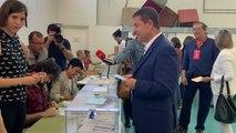Page vota en el colegio Ciudad de Nara (Toledo)