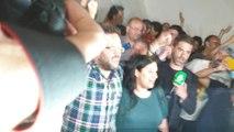 'Kichi', recibido entre aplausos al rozar la mayoría absoluta
