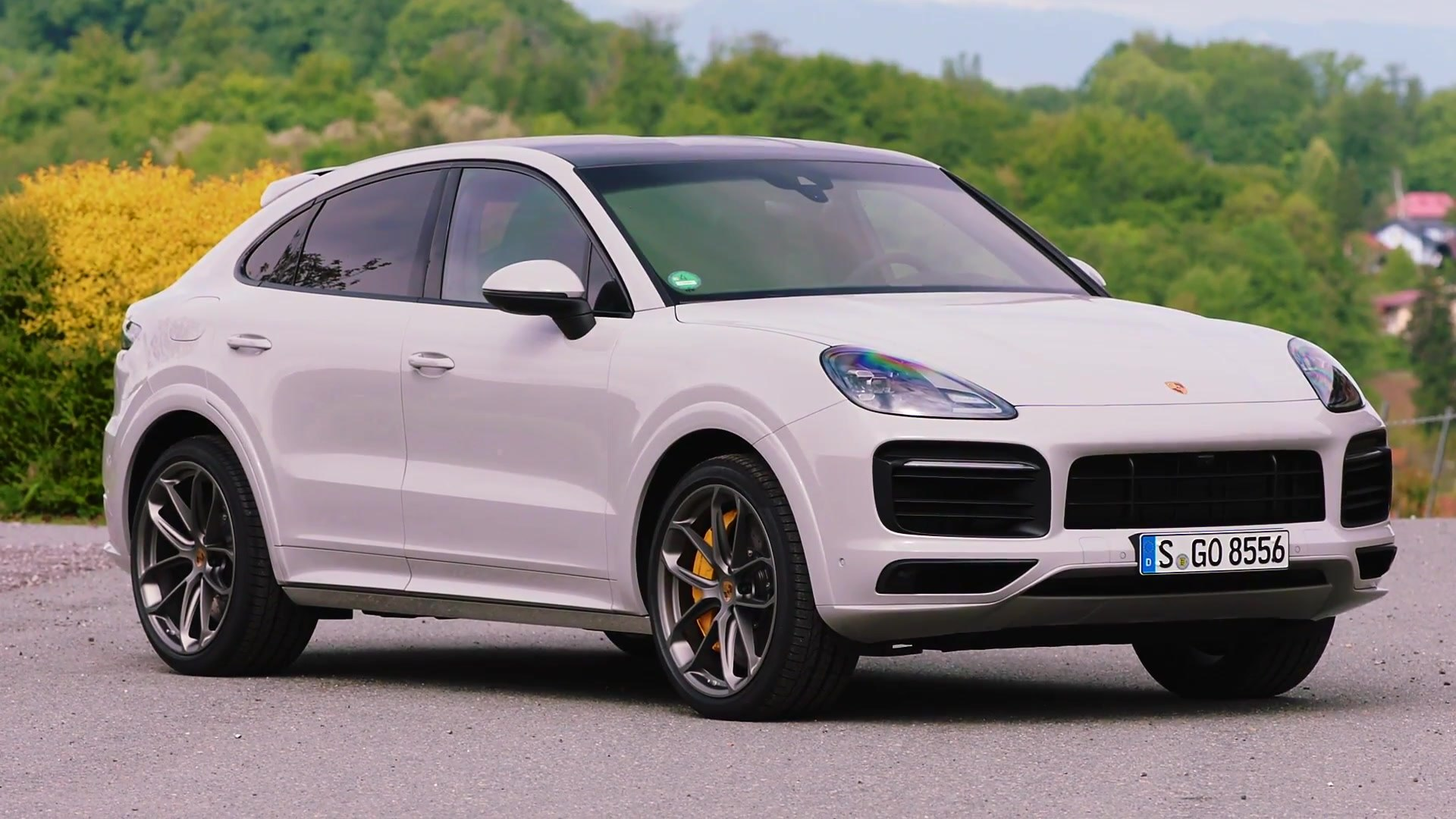 Porsche Cayenne S Coupe Design In Crayon Video Dailymotion