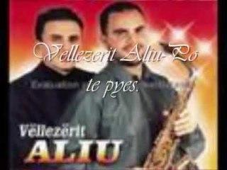 Vellezerit Aliu - Po te pyes