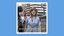 La vidéo hilarante de cette actrice mordue par un cheval en pleine rue